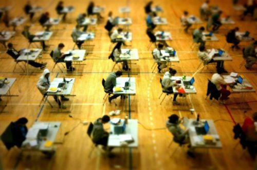 studentstakingtest